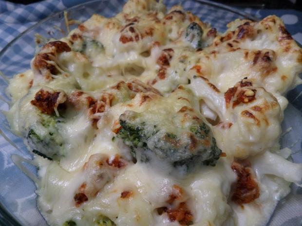 Coliflor y brócoli gratinados